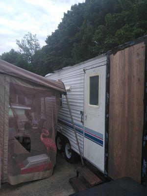Prowler camper for Sale in Boston, MA