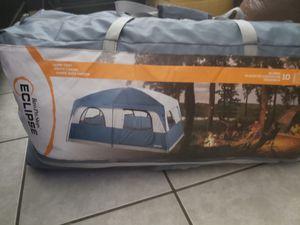 10 person Camping tent for Sale in Miami, FL