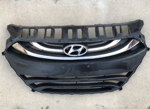 2013-2015 Hyundai Elantra GT Radiator Grille / Front Grill Hatchback only for Sale in San Diego, CA