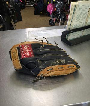 Rawlings Baseball Glove 12.5 in for Sale in Marlboro Township, NJ