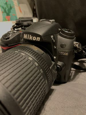 Nikon D7000 for Sale in Arnold, MO