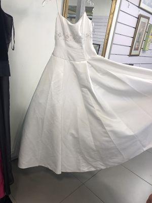 White wedding dress for Sale in Miami, FL