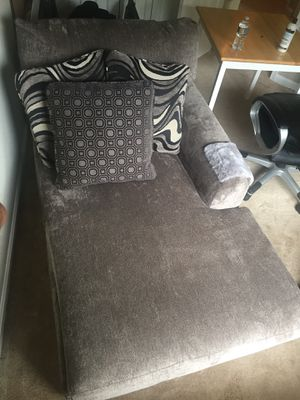 Luxe Chaise Couch Bob's Discount Furniture for Sale in Baltimore, MD