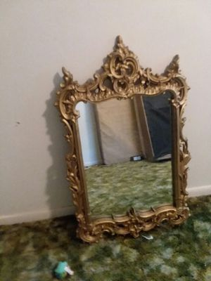 WALL MIRROR PRETTY GOOD SIZE for Sale in Winter Haven, FL