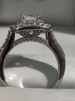 Engagement Sim Diamond Ring for Sale in Boise,  ID