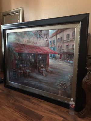 Almost NEW Beautiful and Elegant Huge Kirkland's Picture Frame. for Sale in Fort Worth, TX