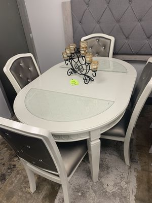 Comedor new for $799 for Sale in Garland, TX