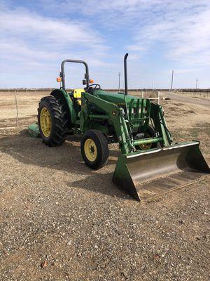 John Deere 5200 tractor/loader for Sale in TX, US