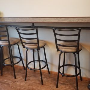 Bar And Bar Stools for Sale in Tulalip, WA