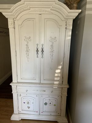 Wood antique armoire for Sale in San Diego, CA