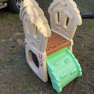 Kids Outdoor Slide Good Condition for Sale in Chicopee, MA