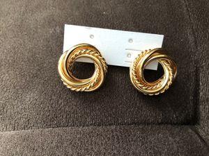 Gold small hoop chain earring ( custom jewelry) for Sale in Lynn, MA