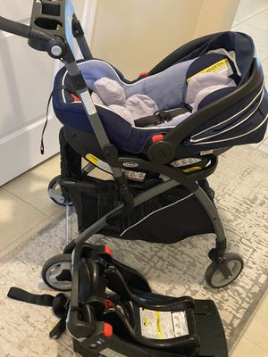 Car seat, frame and base for Sale in Winter Garden, FL