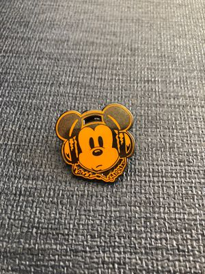 2013 Disney Hipster themed mini Mickey Mouse Orange Pin Rare for Sale in Riverside, CA
