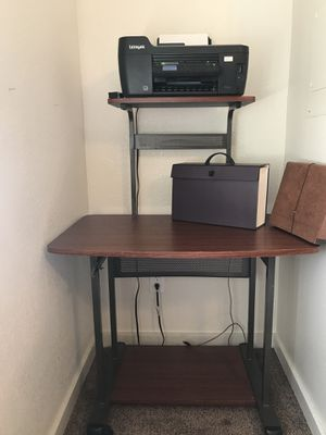 Desk for sale for Sale in Clovis, CA