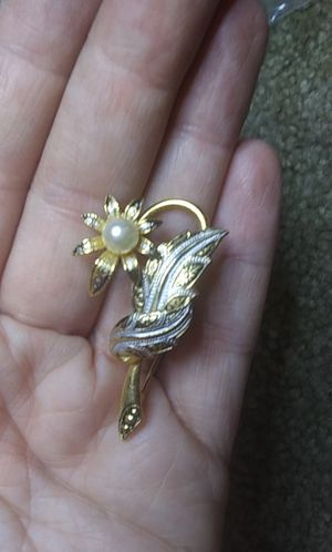 Vintage damascene Spain pearl flower pin brooch for Sale in Tullahoma, TN