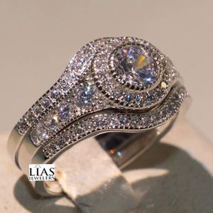 New 18k White Gold Wedding Ring Set for Sale in Fort Lauderdale, FL