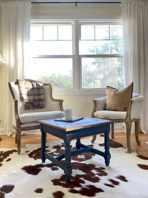 Mersman side table for Sale in Naperville, IL