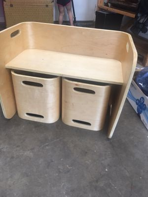Kids homework desk. Great condition! All wood. for Sale in Mesquite, TX