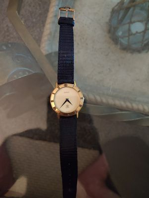 Vintage Gucci watch used with original band for Sale in St. Petersburg, FL