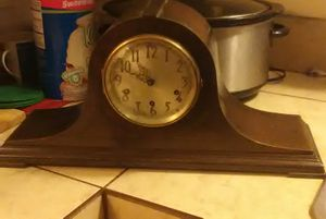 Seth Thomas Mantel Clock #124. Westminister Chime for Sale in Tucson, AZ