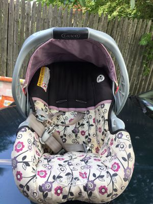 Graco car seat for Sale in STUYVSNT PLZ, NY