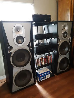 Prostudio professional tower speakers for Sale in Plato, MO