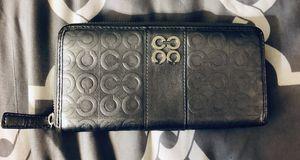 Coach wallet silver gray for Sale in Scottsdale, AZ