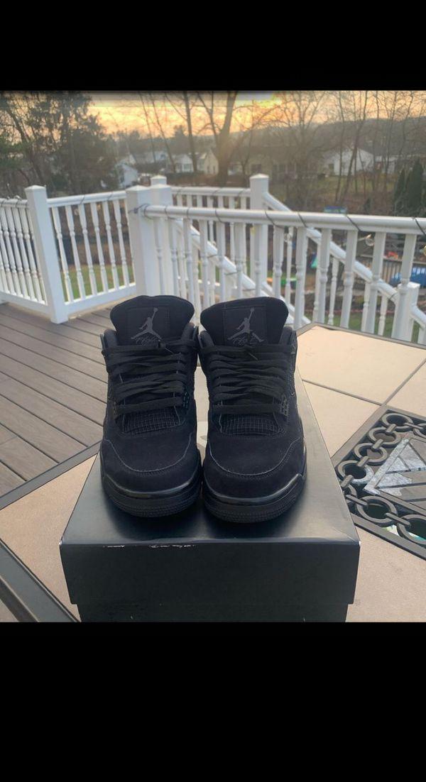 Jordan 4 Blackcat