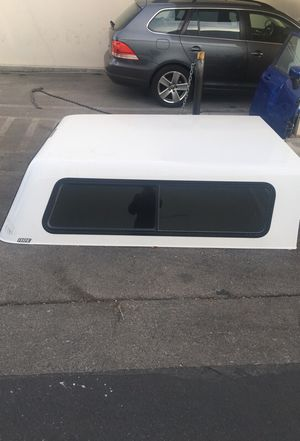 Camper shell. 6 1/2 foot for Sale in Las Vegas, NV