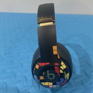 Beats By DRE Studio 3 Shadow Grey Apple Headphones for Sale in Los Angeles, CA