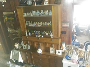China cabinet for Sale in Washington, PA
