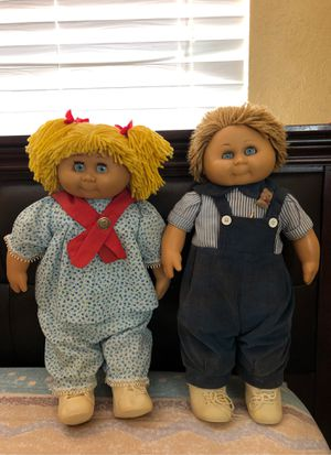 Pair of Cabbage Patch antique dolls for Sale in Miami, FL