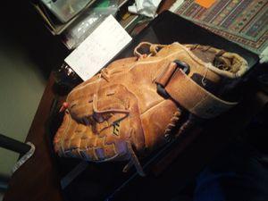 Baseball Glove - Mizuno MZ1320 for Sale in Las Vegas, NV