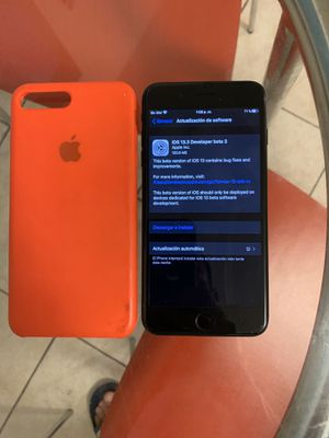 iphone 7 plus sprint rsim unlocked for t-mobile or metro pcs for Sale in Haines City, FL