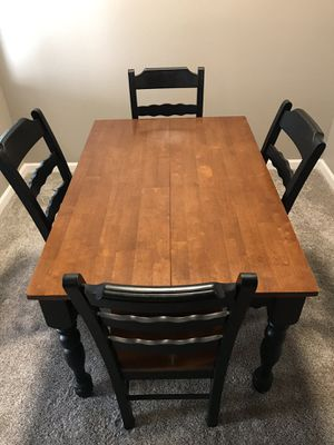 Beautiful Wooden Dining Table and 4 Chairs for Sale in Avondale, AZ