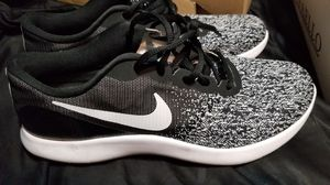 Like New Nike's Black & White Shoe Women's size 10 for Sale in Norwalk, CA