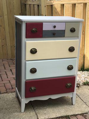 Dresser / chest of drawers for Sale in Ashburn, VA
