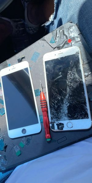 iPhone 7 Plus cracked screen replacement!!We drive to you and fix ** for Sale in Tempe, AZ