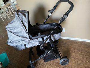 Urbino grey bassinet stroller. for Sale in Selah, WA