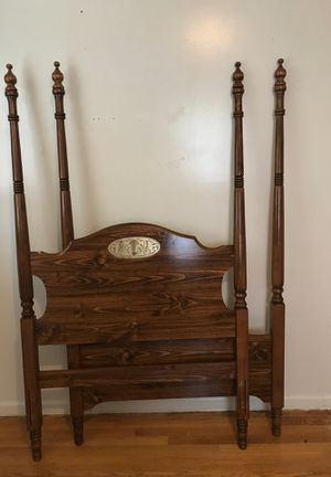 Twin bed for Sale in Lynchburg, VA