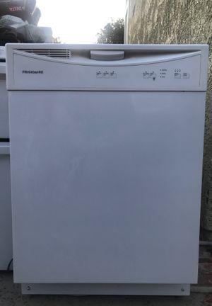 Frigidaire Dishwasher for Sale in Santa Clarita, CA