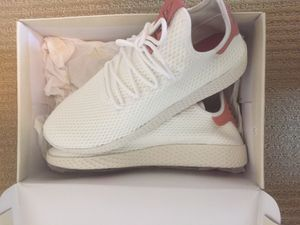 Adidas Pharrell human races pastel pink size 10.5 for Sale in Washington, DC