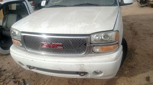 Parting Out - 2002 GMC YUKON DENALI for Sale in Tucson, AZ