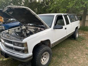 1996 chevy z71- parts truck. for Sale in Lake Alfred, FL