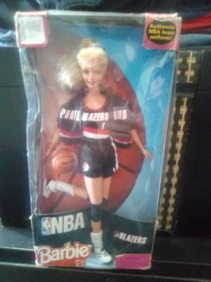 1998 blazers Barbie with team autographs for Sale in Portland, OR