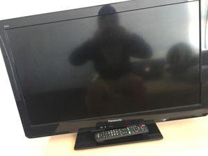 32 inch Panasonic tv for Sale in Seattle, WA