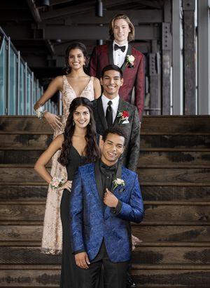 Prom tuxedo for Sale in Hamtramck, MI
