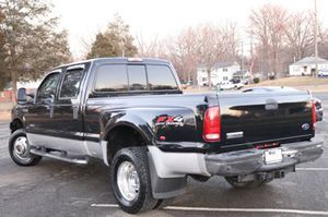 Ford F-350 dually 2006 117k Miles clean title runs excellent for Sale in Centreville, VA