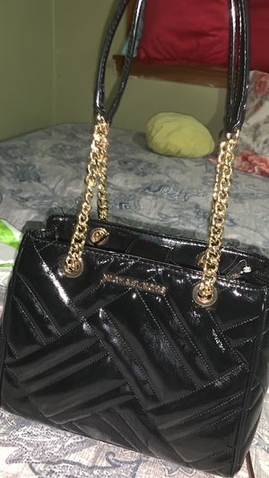Michael Kors Purse Brand New With Tags worth $428 selling for $140 today New New With Tags for Sale in East Los Angeles, CA